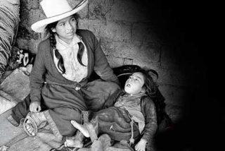 Bruselas pide a los 27 que ayuden a los más pobres ante el alza del crudo