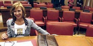 Rosa Díez, abucheada en el Congreso por diputados socialistas por defender el castellano