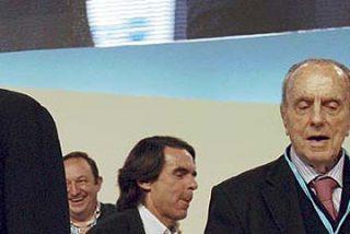 El gélido saludo de Aznar a Rajoy
