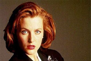 Scully subasta sus expedientes X