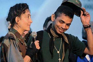 Los militares liberados junto a Betancourt, recibidos como héroes en sus ciudades