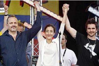 Betancourt pide en París libertad para todos los secuestrados
