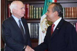 Calderón dice a McCain que la migración y seguridad son prioridades de México