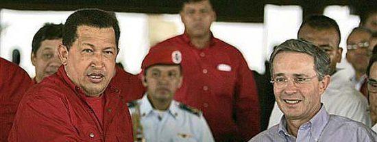 """Chávez y Uribe escenifican la paz y anuncian el inicio de """"una nueva etapa"""""""