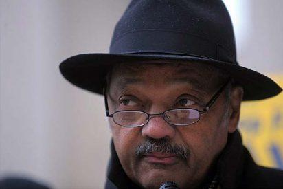 El reverendo Jackson pide perdón a Obama
