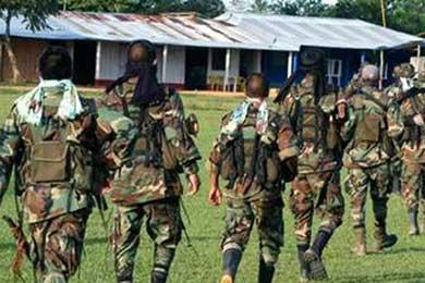 Paramilitares colombianos tocaban gaitas y tambores mientras degollaban campesinos