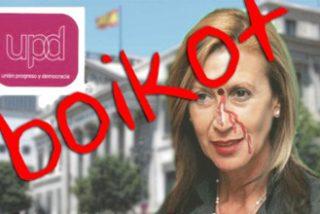 Nacionalistas catalanes cuelgan en una web una foto de Rosa Díez con un tiro en la frente