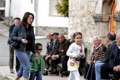Un perro mata a Mansín, el urogallo que bajaba a los pueblos asturianos