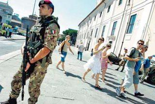 A pesar de las críticas, los soldados patrullan ya las calles de Italia