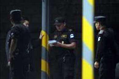 Estalla una bomba en la embajada de Brasil en Santiago de Chile