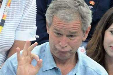 """Chávez dice que Bush merece """"medalla de oro al borrachismo"""""""