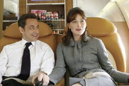 """Sarkozy, a Bruni nada más conocerla: """"¿Me besarías ahora mismo en la boca?"""""""