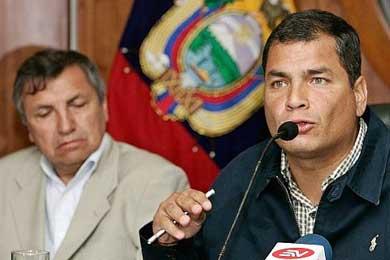 Correa viaja a Buenos Aires antes de ir a la investidura de Lugo en Asunción