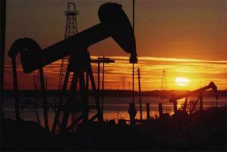 Una subida de seis dólares acaba con las esperanzas de un petróleo en caída libre