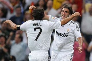 El Madrid se presenta en el Bernabéu goleando y sin Robinho
