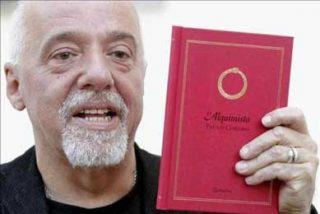 La novela más reciente de Paulo Coelho inunda las librerías de Brasil