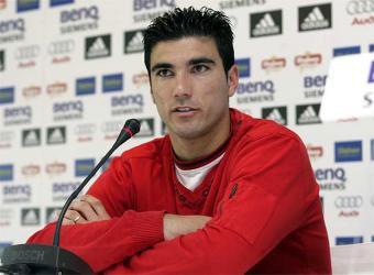 Reyes se va cedido al Benfica