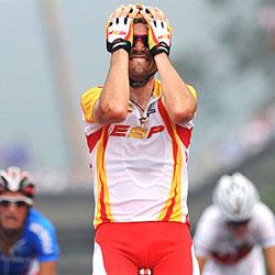 Samuel Sánchez logra el oro en ciclismo