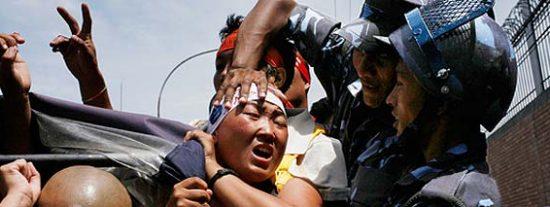 La policía china arresta a un centenar de monjes tibetanos
