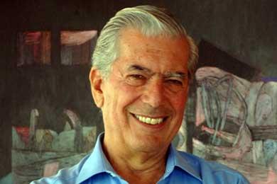 """Vargas Llosa critica la democracia autoritaria y economía """"insensata"""" de Chávez"""