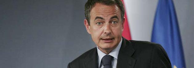 Zapatero vuelve al Congreso dos meses y medio después y con 500.000 parados más