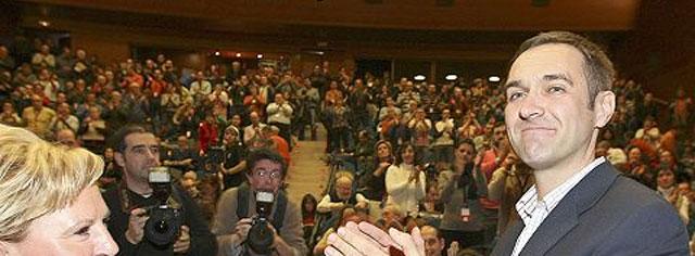 Ziarreta: «Los vascos no se pueden permitir un lehendakari que no cree en el derecho a decidir»