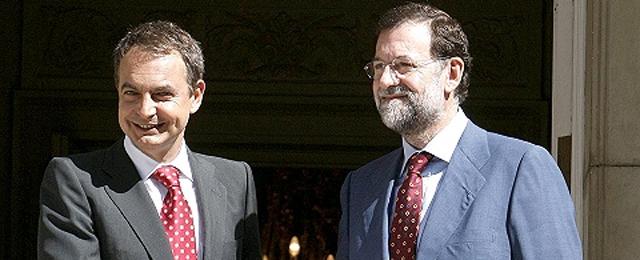 Zapatero y Rajoy viajan juntos a Palma de Mallorca