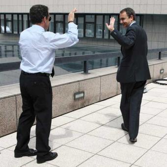 """Sarkozy, """"el amigo de ZP"""", le humilla al no invitarlo a una reunión sobre la crisis"""