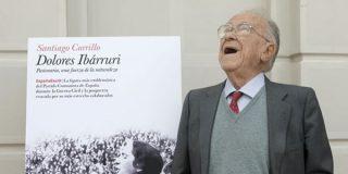 Carrillo sale en defensa de Putin en El País
