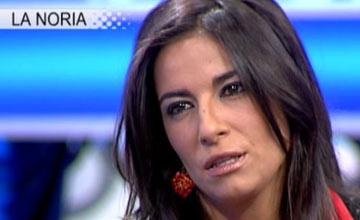 Violeta Santander se forra mientras Jesús Neira lucha por su vida