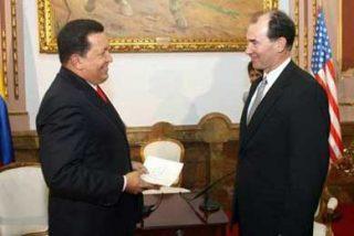 Chávez dice que podría expulsar al embajador de EE.UU