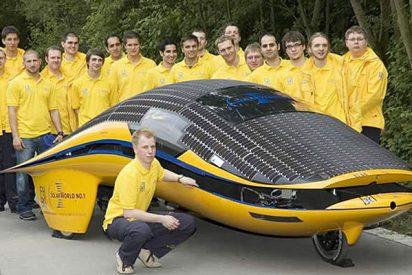 Un coche solar a 120 km/h