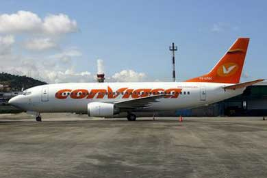Hallan en los Andes ecuatorianos parte de un avión de Venezuela desaparecido el sábado
