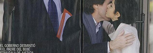Interviú alimenta la polémica con unas fotos de Aznar junto a la ministra francesa