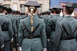 Y los uniformes de la Guardia Civil... Made in China