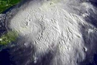 """Gustav, """"la madre de todos los huracanes"""" azotará hoy New Orleans"""
