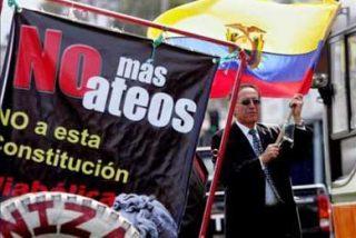 La Iglesia le pide a Correa que respete la libertad para expresar el desacuerdo a la Carta Magna
