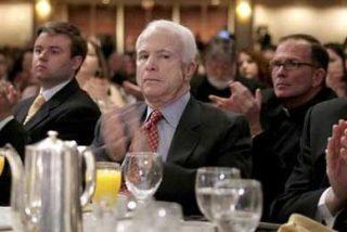 """Bush: """"McCain será el próximo presidente de EE.UU"""""""