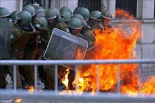 Autoridades chilenas detectan un manual para fabricar bombas incendiarias