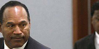 Condenan al ex deportista O.J. Simpson a 15 años de cárcel