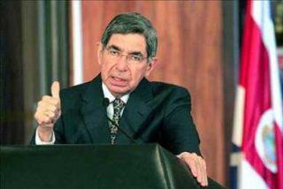 Óscar Arias promoverá en España un mejor trato para los inmigrantes en la UE