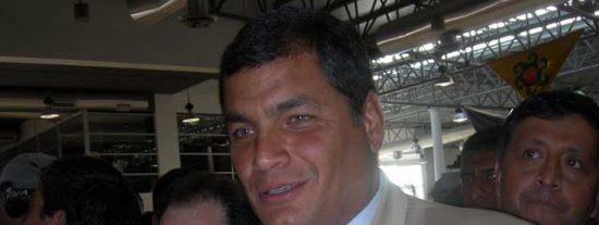 """Rafael Correa:""""Hay que votar por el SÍ o por lo de siempre"""""""