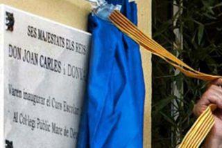 Los Reyes inauguraron el curso en un instituto donde los alumnos no pueden elegir el español