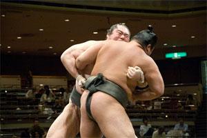 Dos luchadores de sumo dan positivo por marihuana