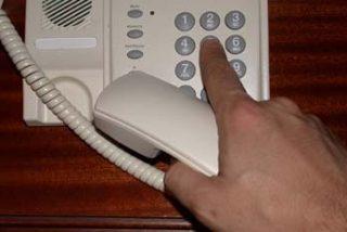 La OCU denuncia que Telefónica subirá un 16 por ciento las llamadas a los 905