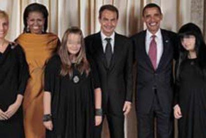 Para qué Zapatero hace que sus hijas se fotografien con Obama si luego censura la imagen