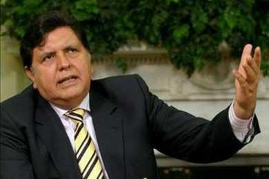 Un supuesto golpe de Estado en Perú desata una polémica de padre y muy señor mío