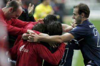 El Athletic conquista el Molinón y pasa a semifinales de Copa