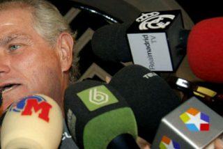 Calderón destituye a Bárcena y 'Nanín', pero se niega a dimitir