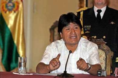 Morales advierte un retraso de años para las autonomías si no se aprueba la Carta Magna
